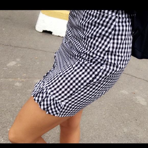 ASOS Dresses & Skirts - ASOS Gingham ruffle skirt